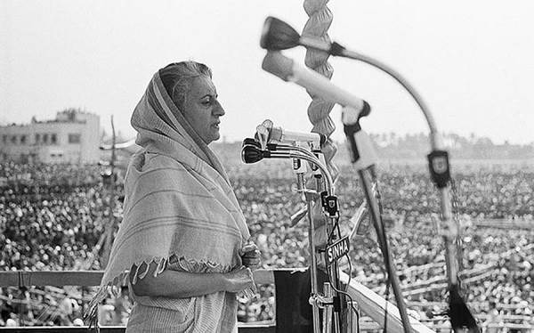 Индира-Ганди-известный-политик-Индии-5