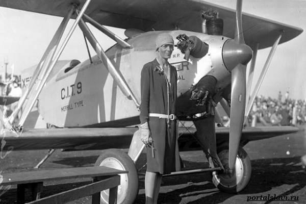 Амелия-Эрхарт-женщина-пилот-пропавшая-в-океане-30-1