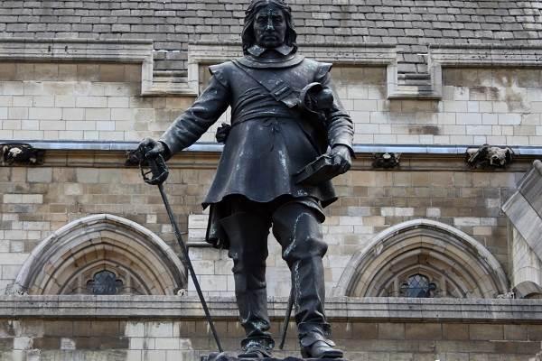 Оливер-Кромвель-военный-гений-Британии-3