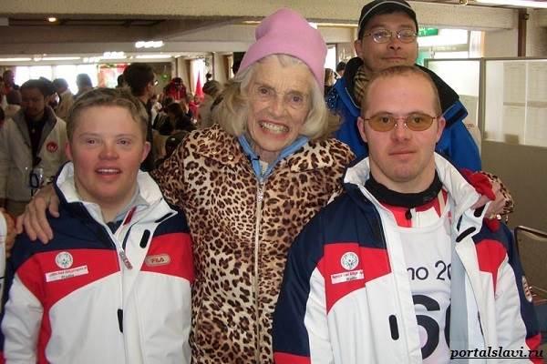 Юнис-Кеннеди-Шрайвер-основательница-Олимпийских-игр-для-людей-с-умственной-отсталостью-6
